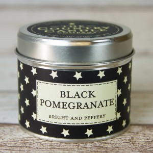 The Country Candle świeca superstars Black Pomegranate
