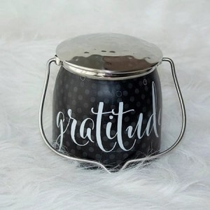 Świeca zapachowa Wrapped Butter Gratitude Sentiments Milkhouse Candle